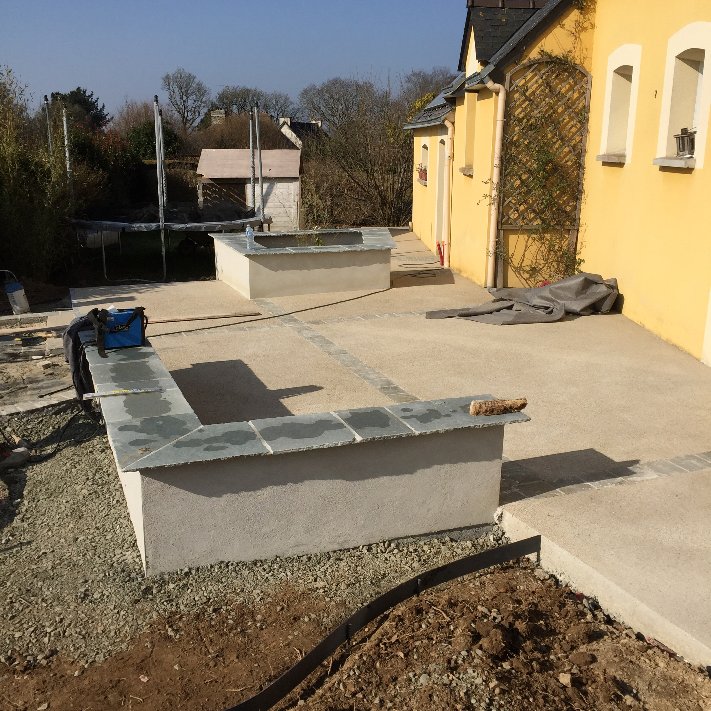 Ets cardinal am nagement ext rieur des b timents for Terrasse suspendue beton photo